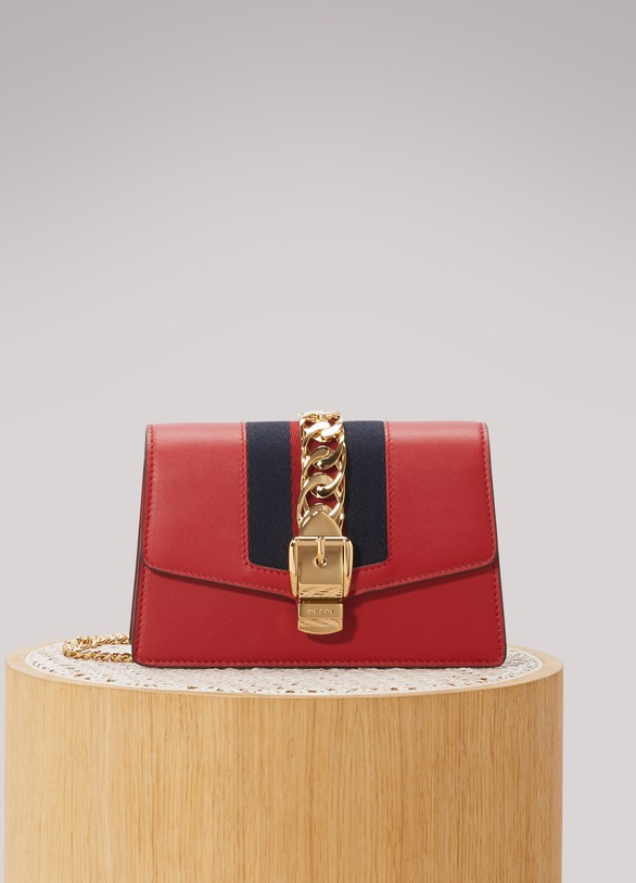 2fed851d9292 Women's Sylvie leather mini chain bag | Gucci | 24 Sèvres