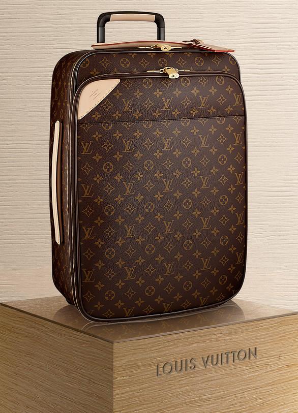 eb051e050f Louis Vuitton. Louis Vuitton Pégase Légère 55 Business