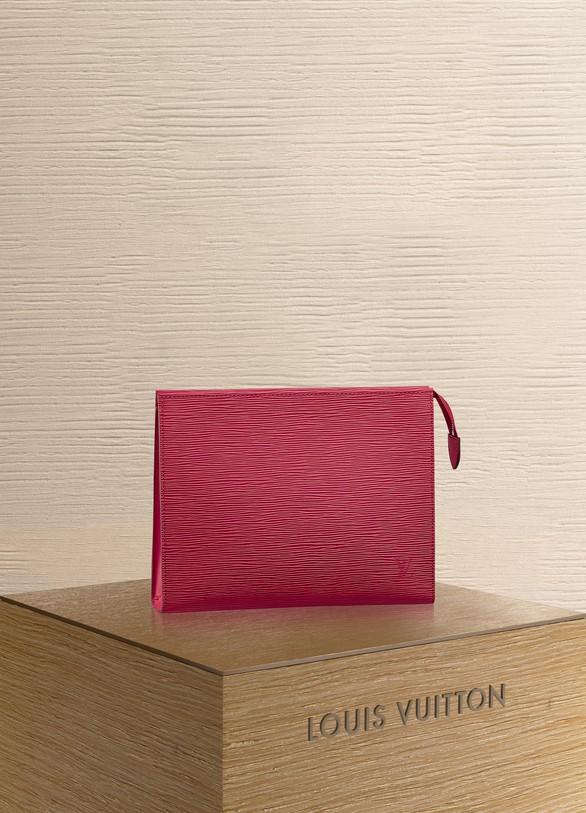 Louis VuittonPoche Toilette26