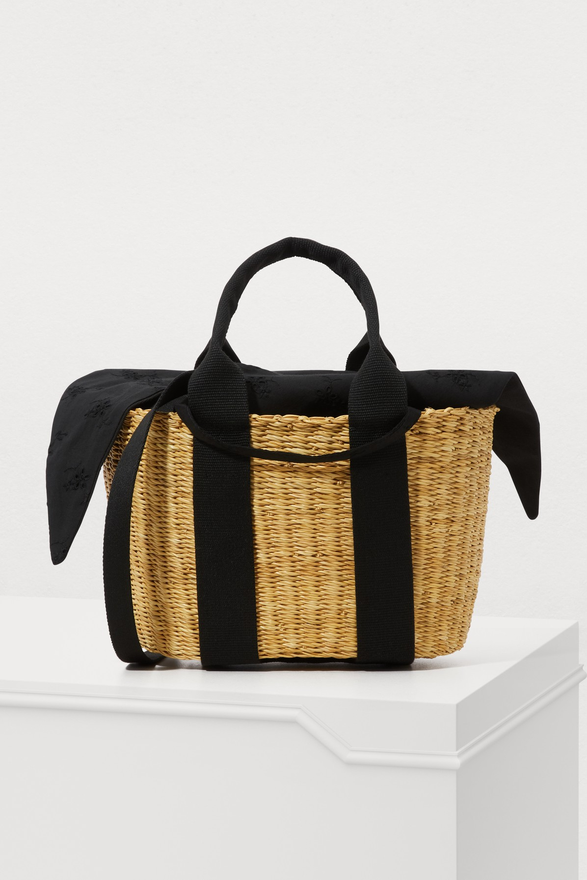 P Hdl Basket Tote Bag With Pouch