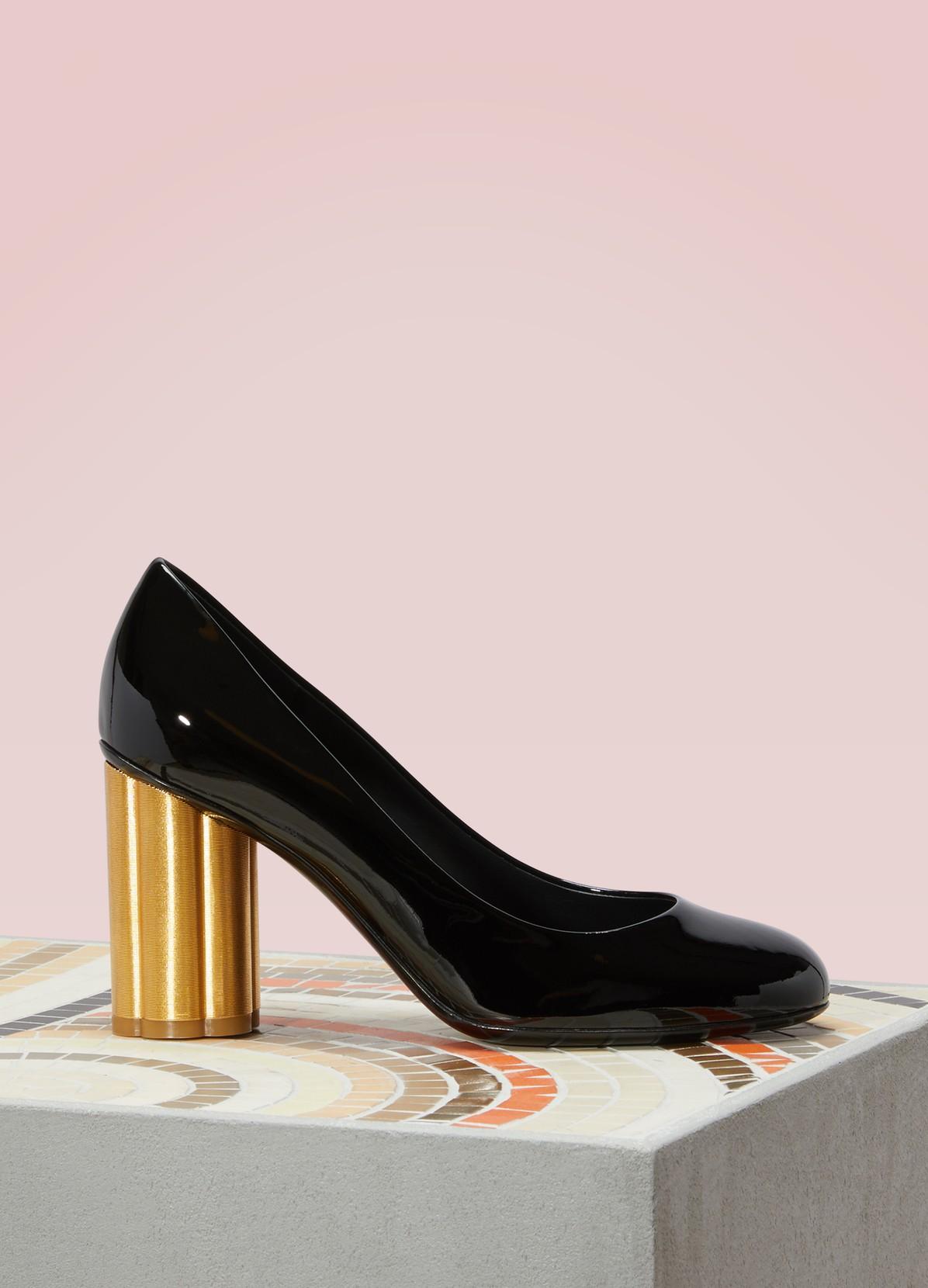 04732310b79d2 SALVATORE FERRAGAMO Lucca high heels patent leather pumps