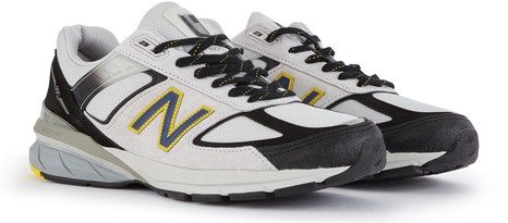 NEW BALANCE 990 trainers