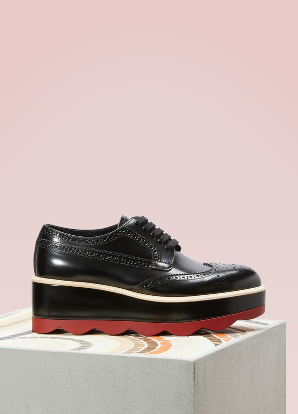 Prada Derbies plateformes rouges
