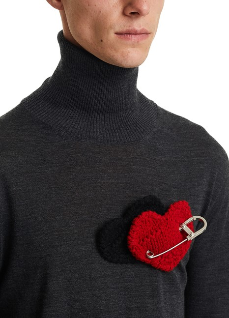 PRADA Heart badge
