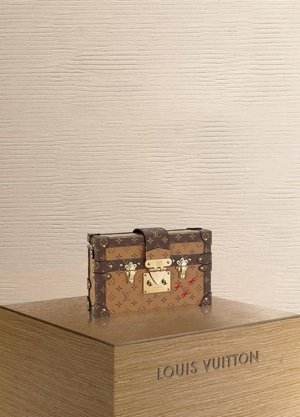 Louis VuittonPetite Malle