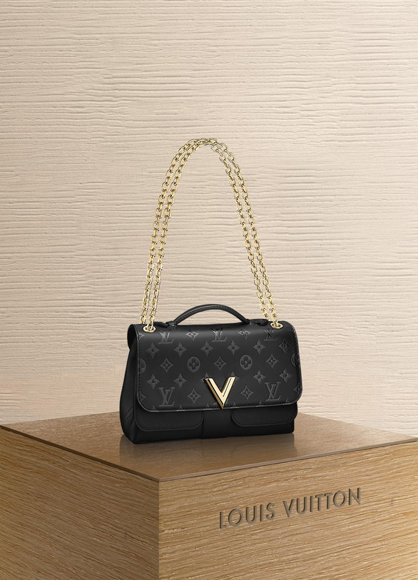 Louis Vuitton Very Chain Bag