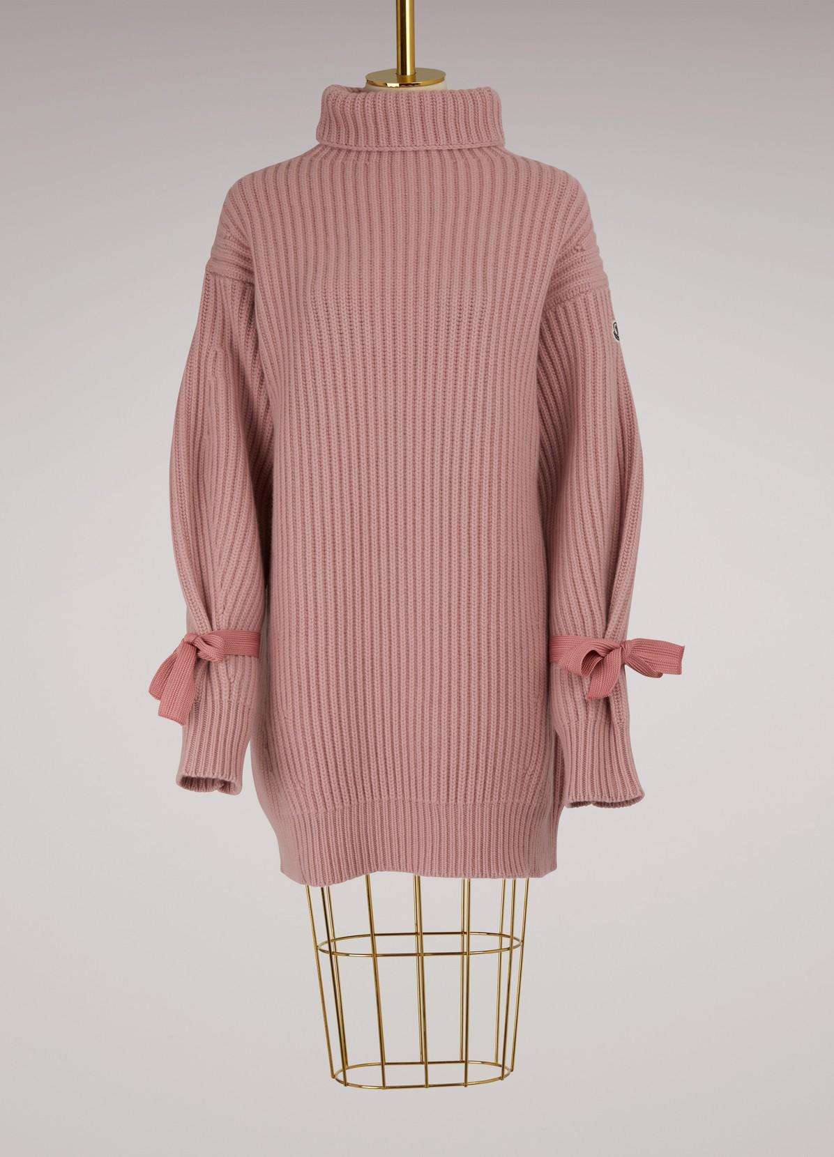 robe pull en laine et cachemire moncler 24 s vres. Black Bedroom Furniture Sets. Home Design Ideas