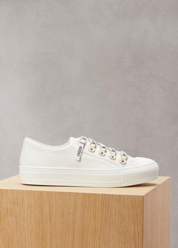 685fb19d8e28 Chaussures Dior femme   24 Sèvres