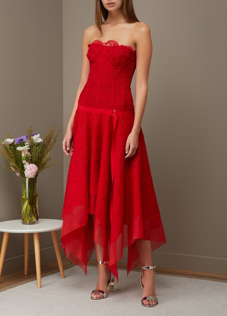 Lace maxi dress in red