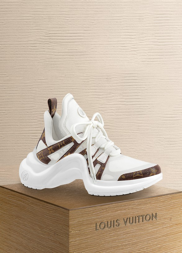 d2a54777bc2 Louis Vuitton Sneaker LV Archlight