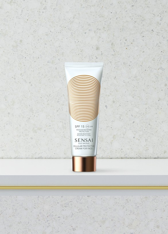 Sensai Silky Bronze Cellular Protective Cream for Face SPF 15