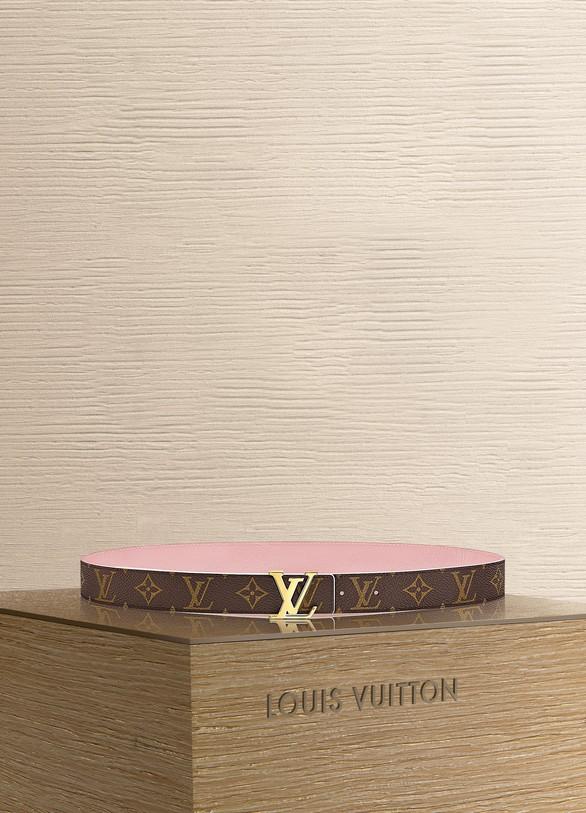 99ceab2a2b09 Louis Vuitton LV Initiales 30MM Reversible ...