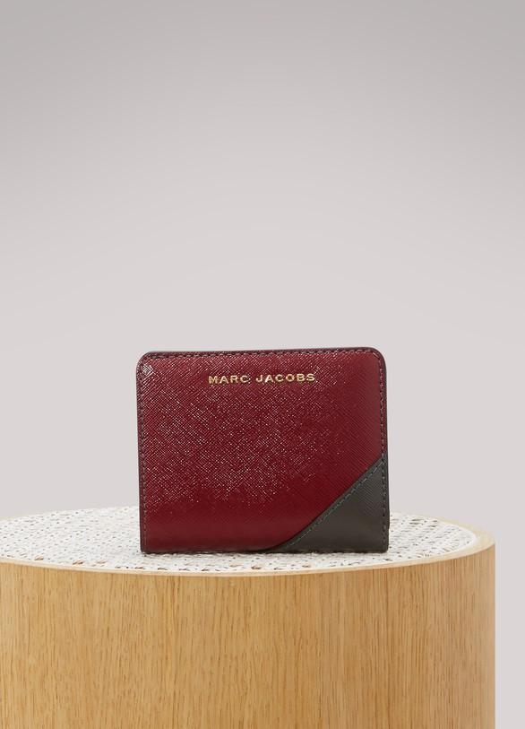 Marc JacobsPortefeuille Saffiano Mini Compact
