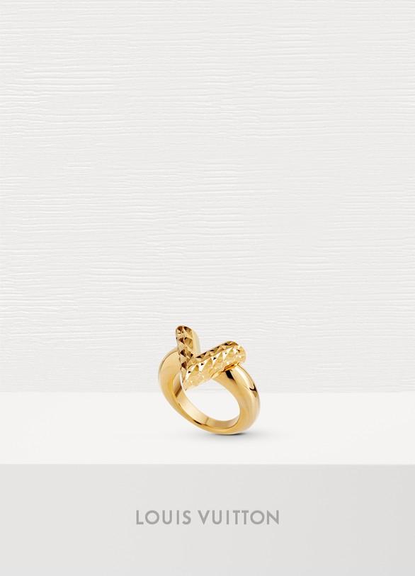 Louis VuittonBague Essential V Guilloché