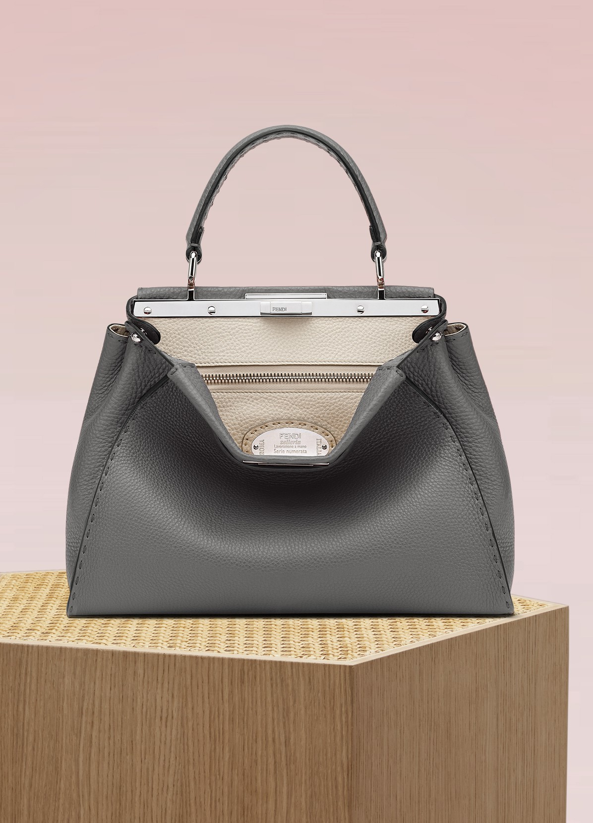 FENDI Selleria Peekaboo handbag 639444a798