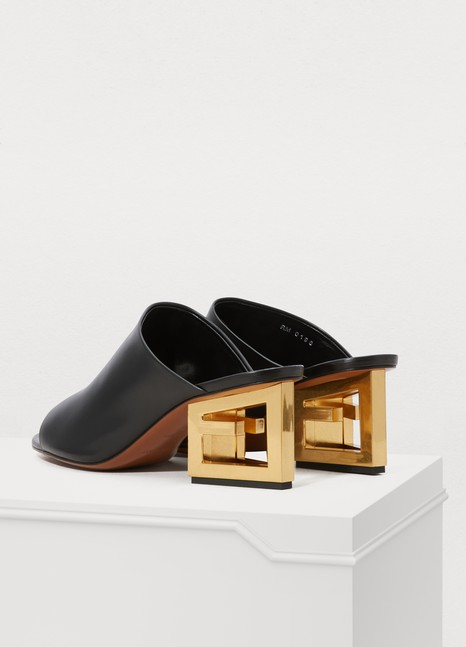Mules Femme Givenchy 24 Triangle Sèvres qqUCFr