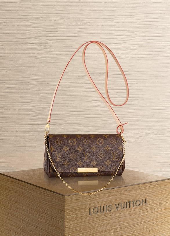 Louis VuittonPochette Favorite PM