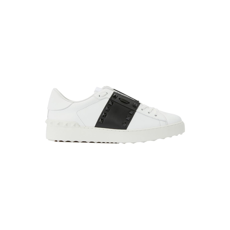 Valentino 'Rockstud Untitled 11' Colourblock Leather Sneakers In Bianco/Nero