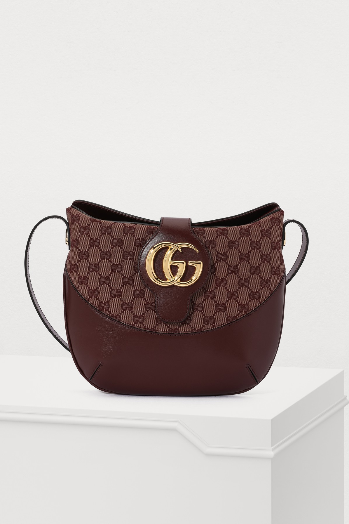 GUCCI | Arli Shoulder Bag | Goxip