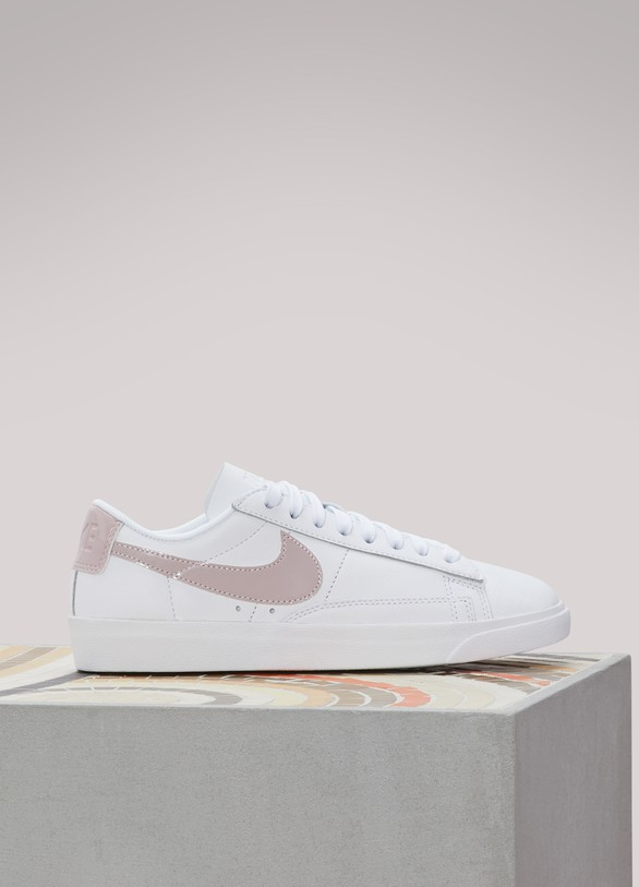 Nike Baskets Blazer Low