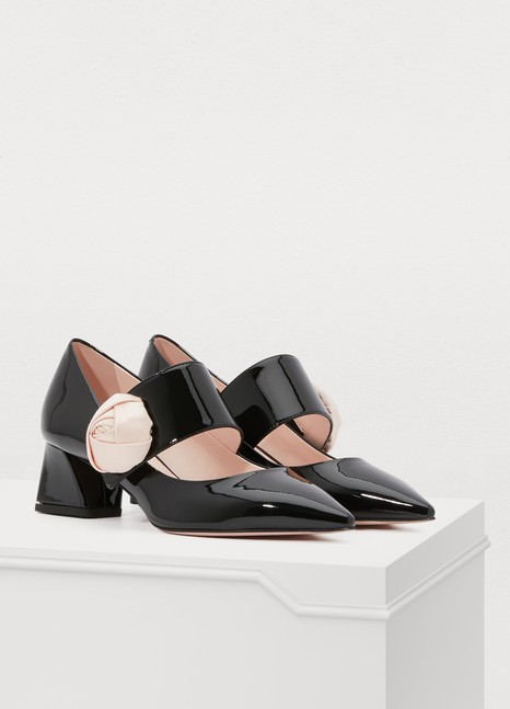 Roger Vivier Pumps with button loop