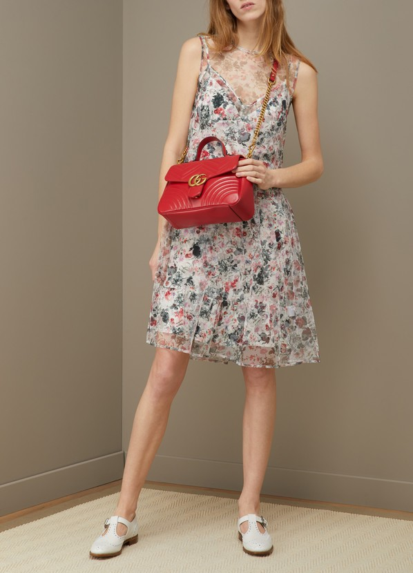 5a2631725c40 ... Gucci GG Marmont matelassé top handle bag ...