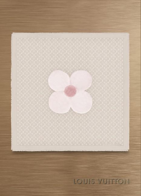 Louis VuittonChâle fourrure Flowergram