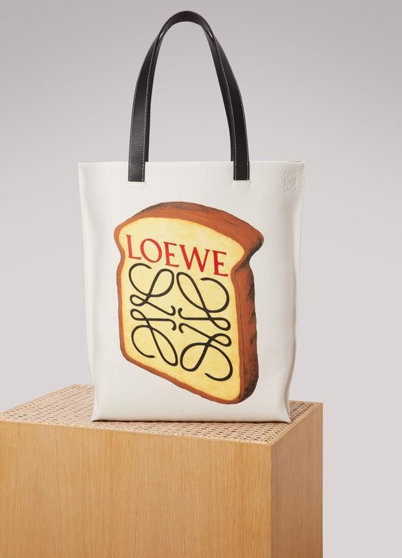 LoeweCabas Toast