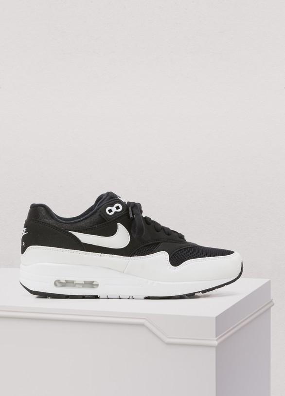 NikeAir Max 1 sneakers