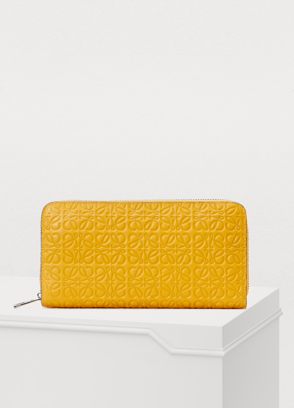 LoeweZip around wallet