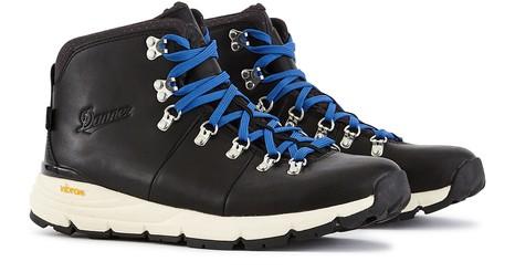 DANNERMountain 600 hiking boots