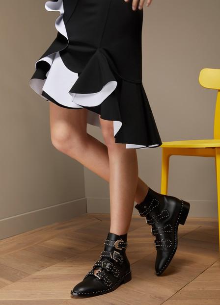 Givenchy Ankle Boots Havanna Calfskin Logo Metallic Black
