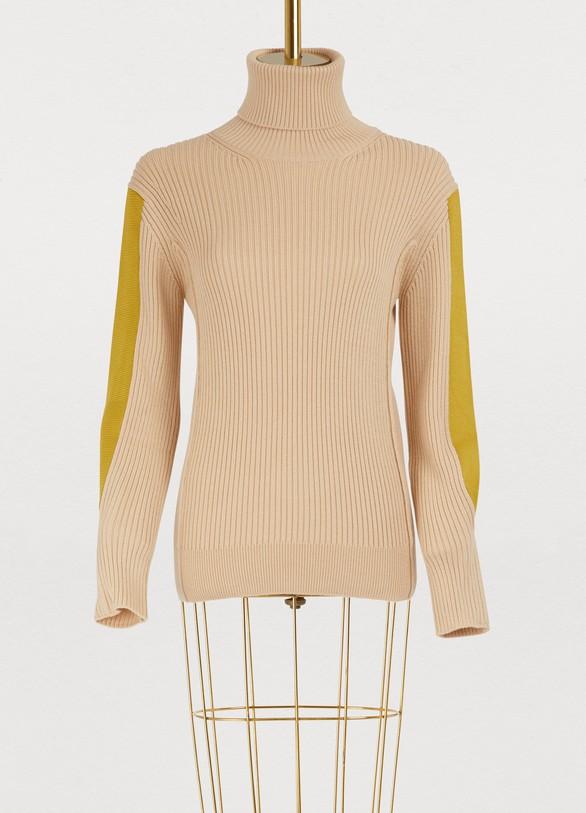 b5a8f94e82 Wool sweater