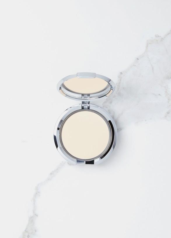ChantecailleCompact Makeup