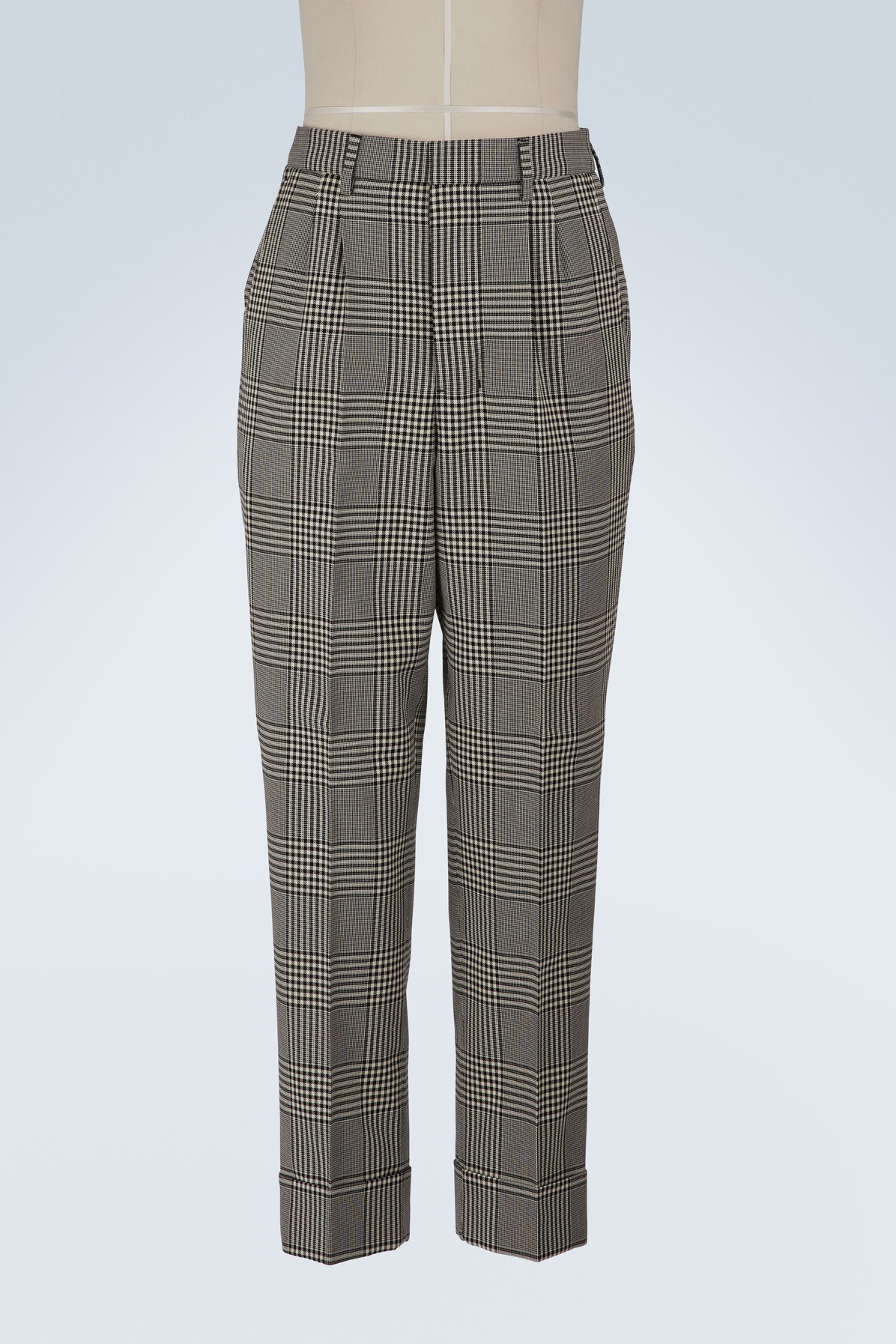 AMI | Carrot trousers with pleats | Goxip