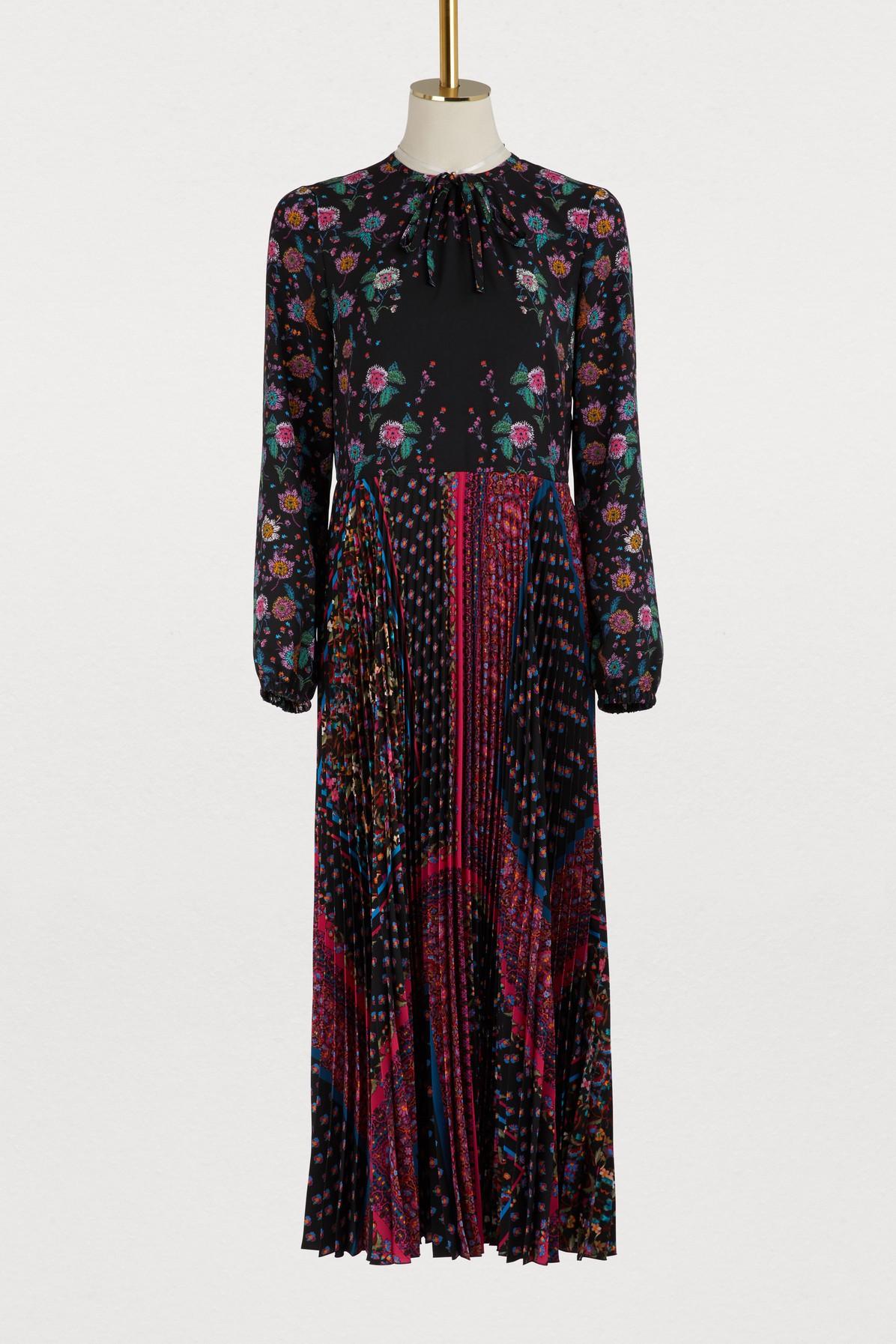 Robe longue plissée en foulard