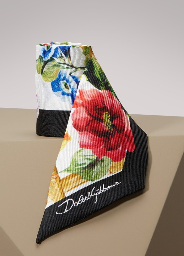 Dolce & GabbanaBamboo printed silk scarf