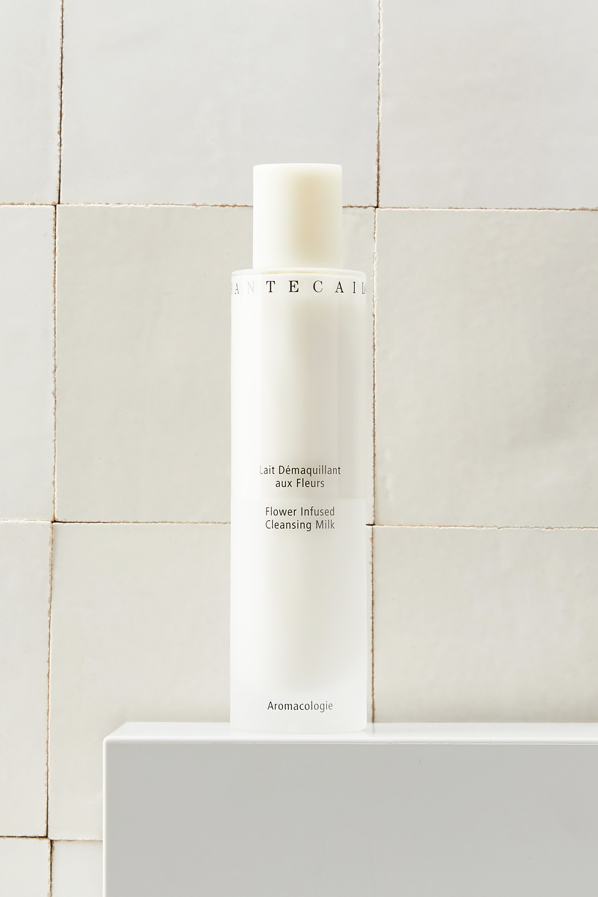 CHANTECAILLE | Flower Infused Cleansing Milk 100 ml | Goxip