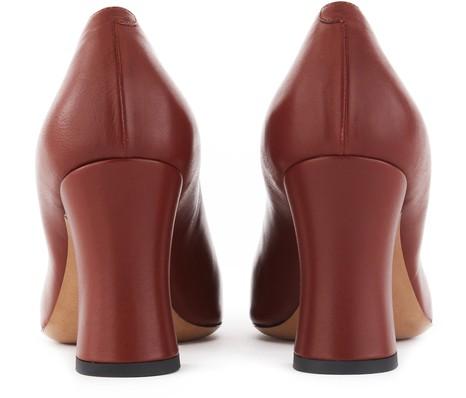 DRIES VAN NOTENPointed toe pumps
