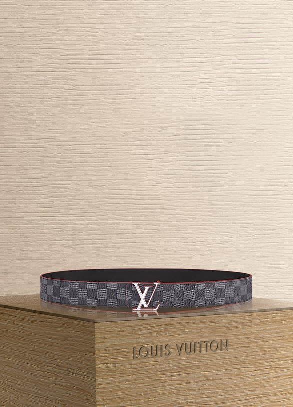Louis Vuitton LV Initiales 40 mm Reversible