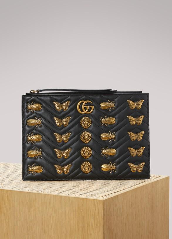 GucciPochette matelassée GG Marmont avec clous animaux Nero