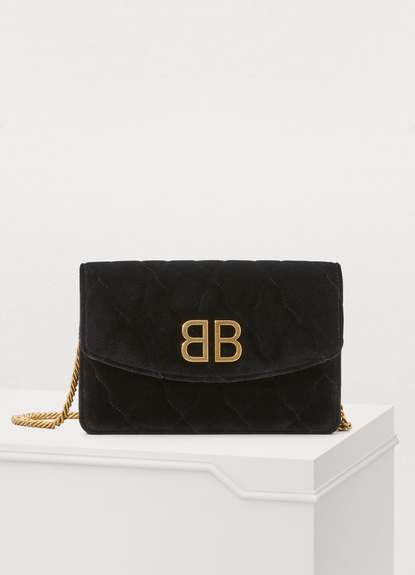 4961ff947a21b Women s BB wallet on chain