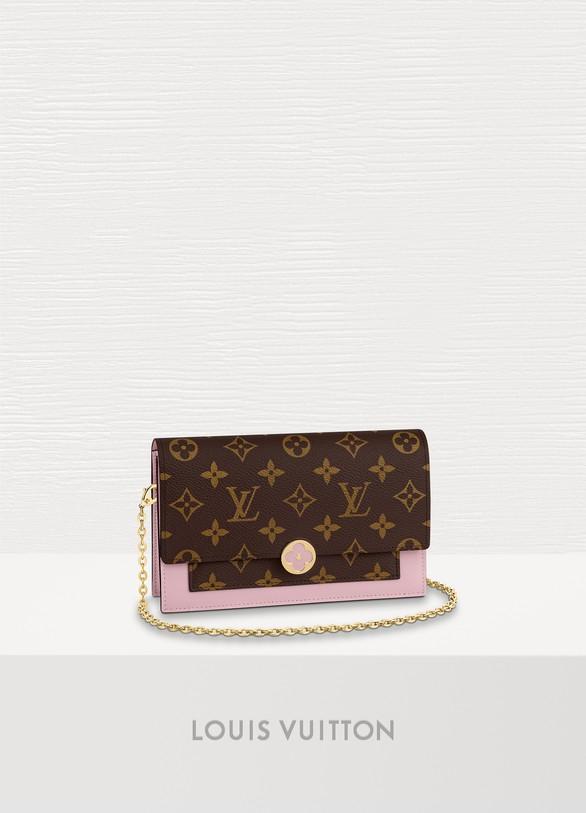 8ae8b5c6f489 Louis Vuitton Flore Chain Wallet