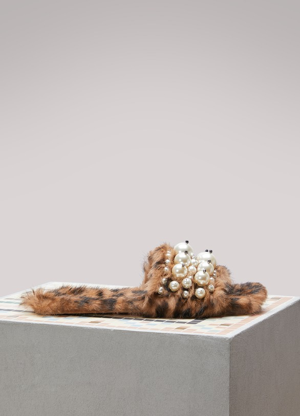 Miu MiuFur Slippers With Pearl Details