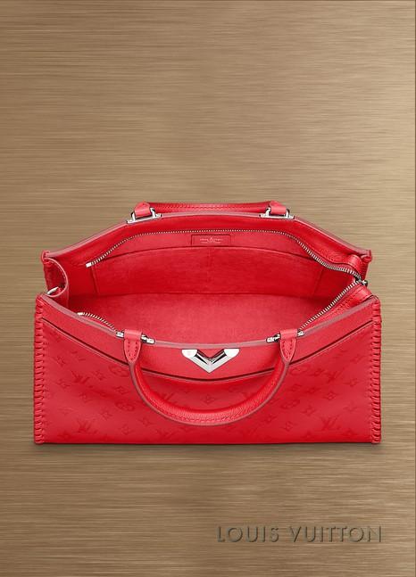 Louis VuittonVery Zipped Tote