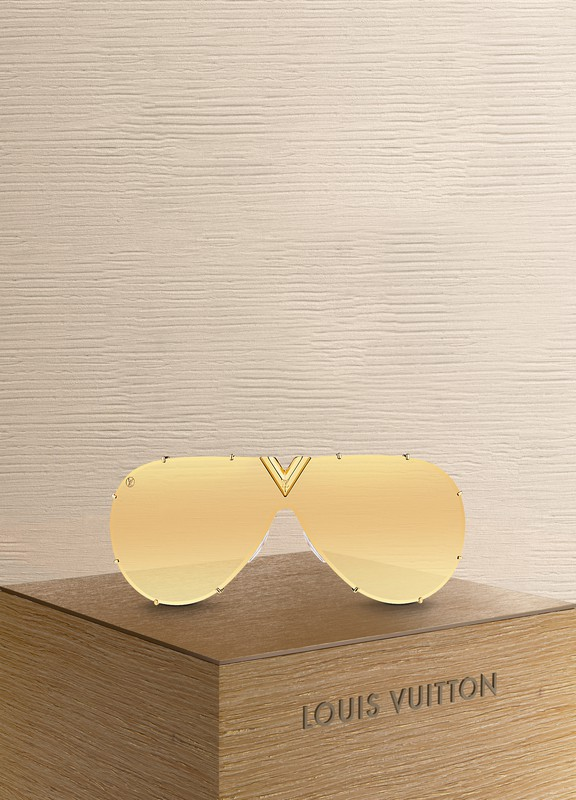 141082e980e Louis Vuitton. LV Drive Sunglasses Gold. €435 · product link product link  hover