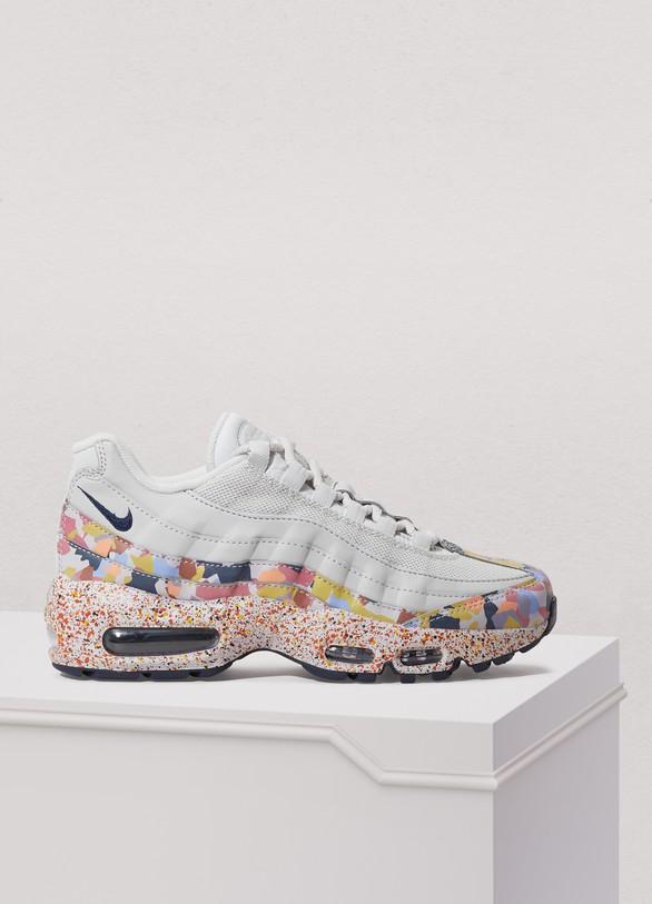 Women s Air Max 95 SE sneakers  1bc411c8cf