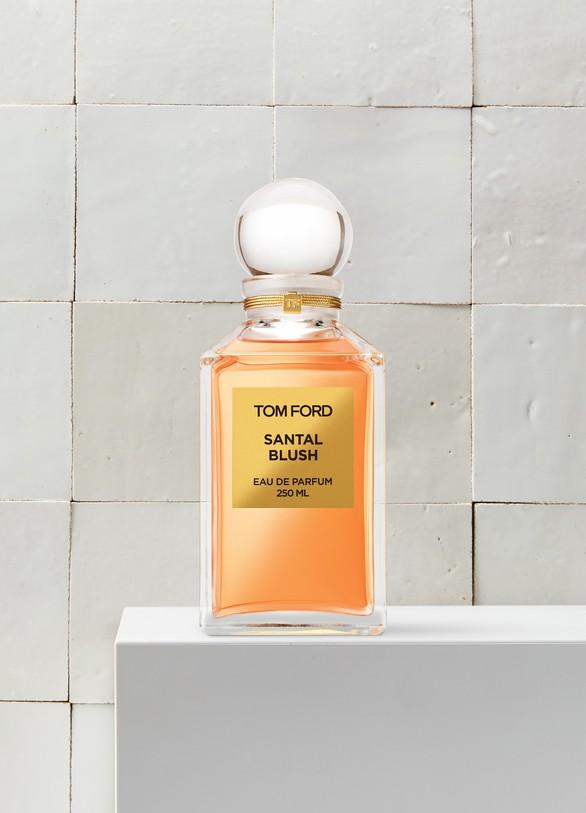 Ml Eau Blush 250 Parfum Santal De DE2IH9