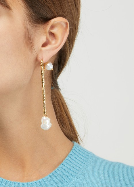 Alican Icoz You and Me Pearl earrings